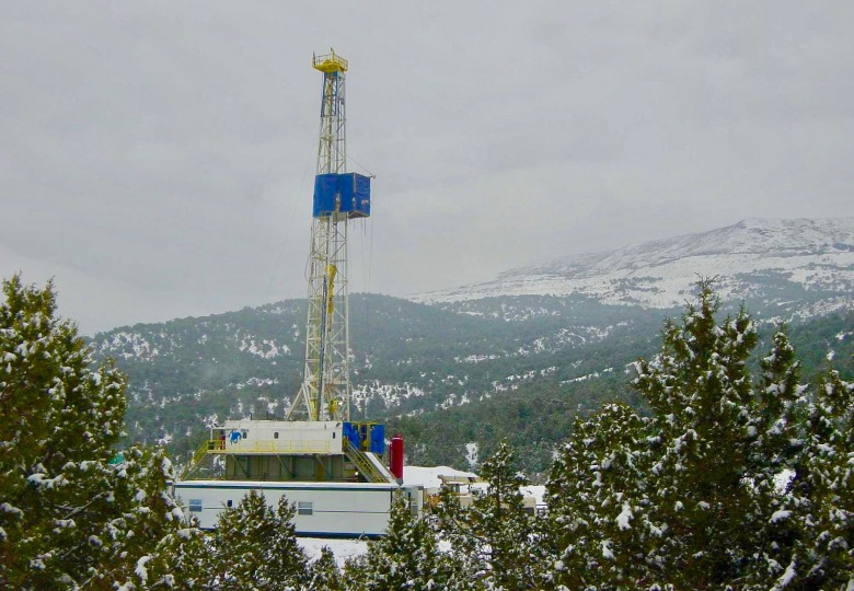 A natural gas drilling site in the mountains.  Photo courtesy Plazak at en.wikipedia