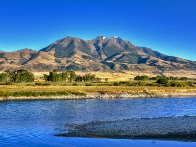The Yellowstone River and Emigrant Peak