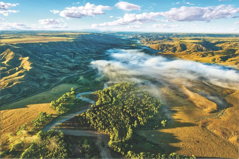 The Judith River is one of the many high plains tributaries of Upper Missouri River and one of many hidden scenic gems rewarding those who venture out onto the prairie. Photo courtesy Gib Myers