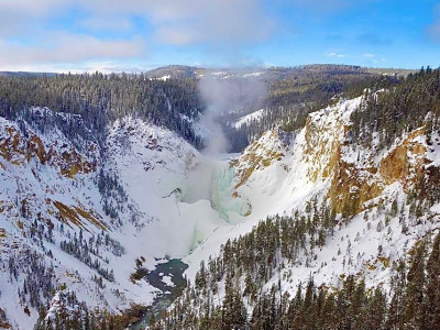 The mighty Lower Falls encrusted in ice